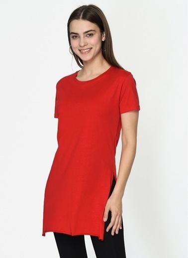 Loves You Yırtmaçlı Basic T-Shirt Kırmızı